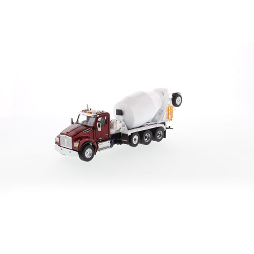1:50 Scale T880 with Concrete Mixer -  Red