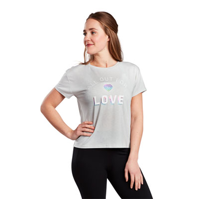 ALL OUT FOR LOVE STRIDE TEE